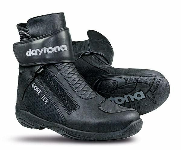 Image of DAYTONA ARROW SPORT BOOT - BLACK